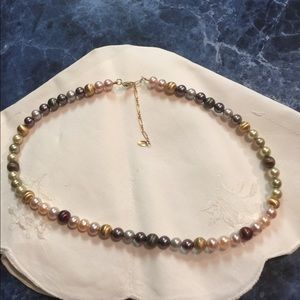 Jewelry - 14k gold and Cultured Pearl Necklace